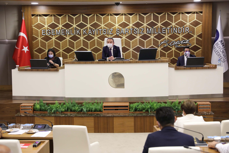 Büyükşehir Meclisi 3 ay aradan sonra toplandı